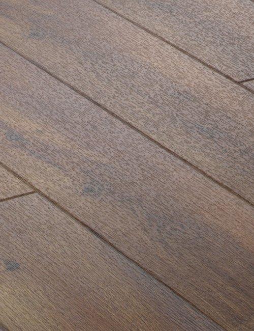 Vinila grīdas segumi DA111 Riekstkoks Nevada